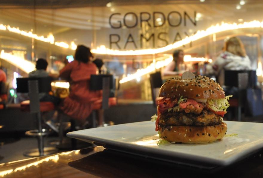 014_A_Ramsay Burger